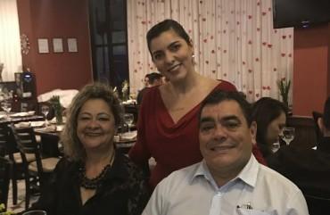 POLICIAIS SORTUDOS GANHAM JANTAR E VIAGEM PARA RESORT EM PROMOÇÕES DO SINDIPOL/ES