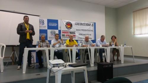 Presidente do Sindipol/ES, Jorge Emílio Leal durante assembleia.