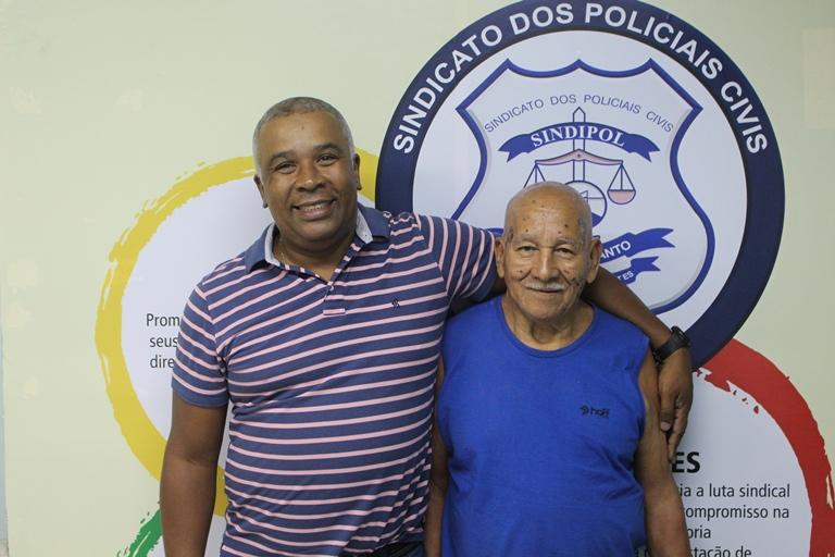 Jones (esq.) e Nilton (dir.), dois policiais civis sindicalizados.