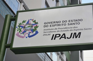 DIRETORIA DO SINDIPOL/ES ESTÁ REUNIDA COM PRESIDENTE-EXECUTIVO DO IPAJM PARA TIRAR DÚVIDAS