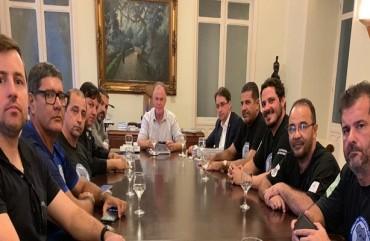 SINDIPOL/ES, AEPES e AGENPOL SE REÚNEM COM GOVERNADOR DO ESPÍRITO SANTO