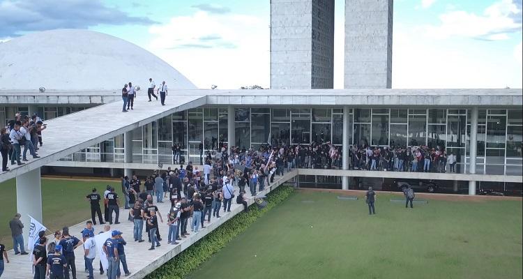 diretoria-do-sindipoles-unida-com-policiais-de-todo-o-brasil-contra-reforma-da-previdencia