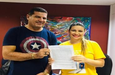 SINDIPOL/ES RENOVA CONVÊNIO E GARANTE DESCONTOS NA REDE ENSINO DOCTUM