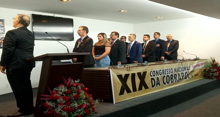sindipoles-marca-presenca-em-congresso-da-cobrapol