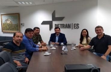 SINDIPOL/ES, AEPES E AGENPOL SE REÚNEM COM DIRETOR GERAL DO DETRAN
